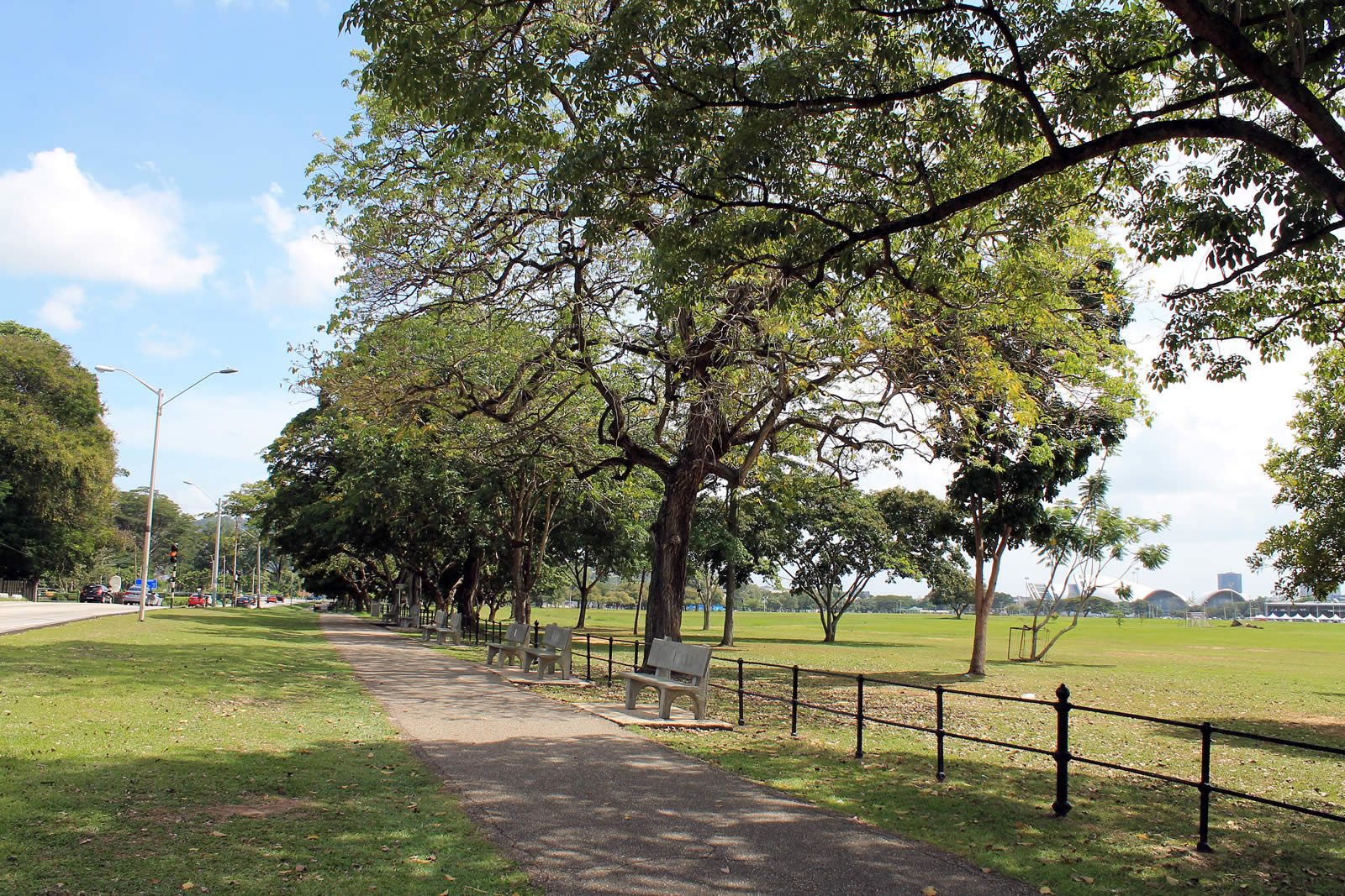 Queen S Park Savannah Destination Trinidad And Tobago Tours Holidays Vacations And Travel Guide